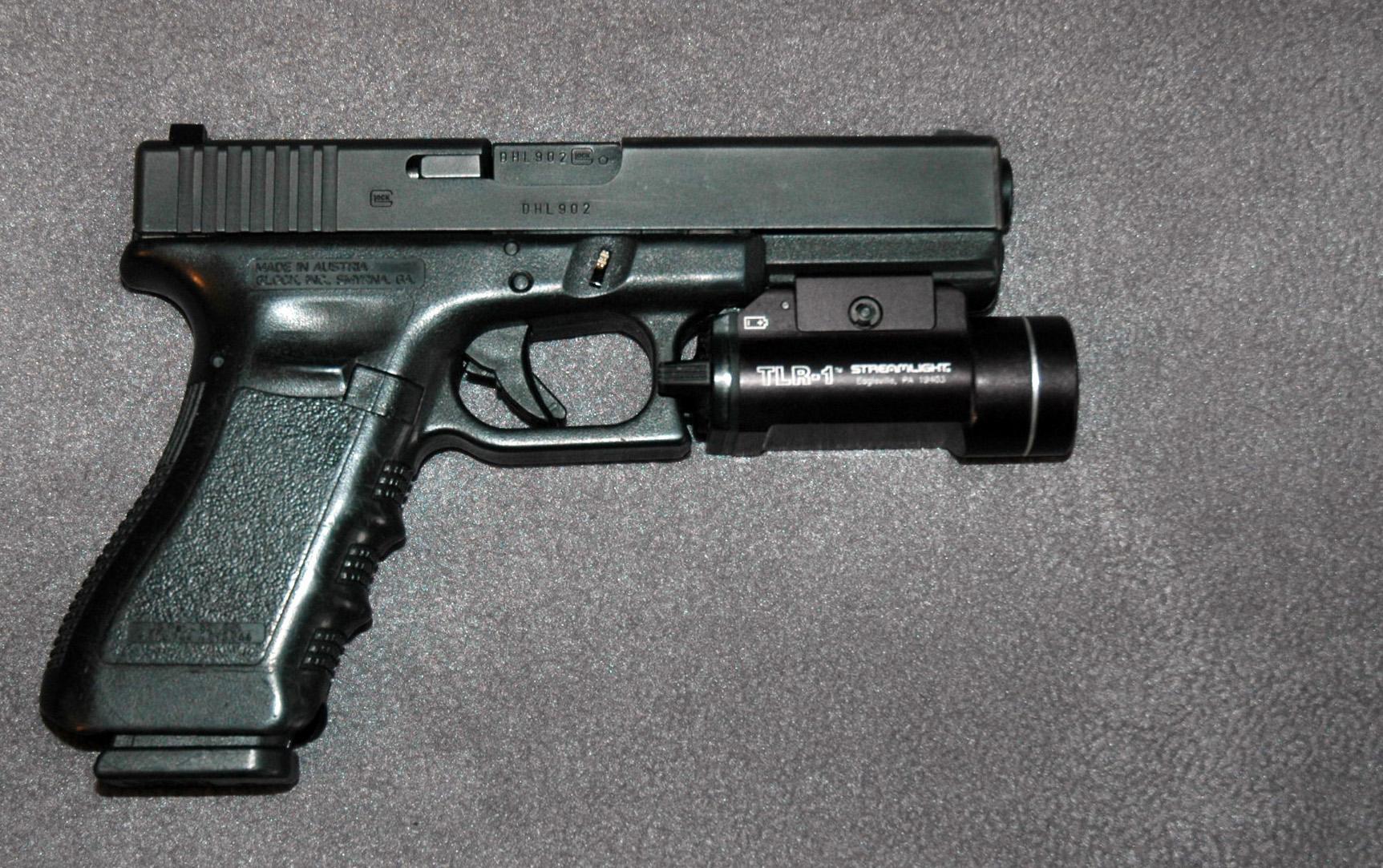 Handguns-and-Revolvers